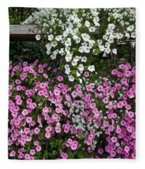 Pink And White Flowers Fleece Blanket