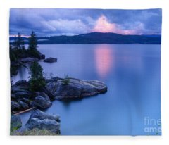 Pink Cloudbreak Fleece Blanket