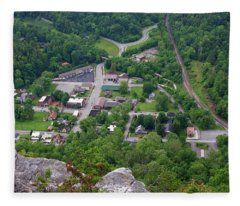 Pinnacle Overlook In Kentucky Fleece Blanket