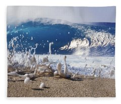 Pipe Foam Fleece Blanket