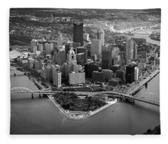 Pittsburgh 8 Fleece Blanket