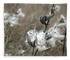 Pod 2 Fleece Blanket