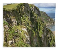 Portkill Cliffs Fleece Blanket