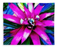 Purple Star Flower Close Up Fleece Blanket