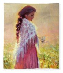 Queen Anne's Lace Fleece Blanket