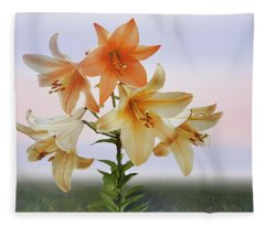 Queen Lily Fleece Blanket
