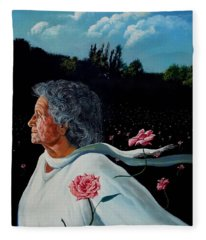Queen Of Roses Fleece Blanket