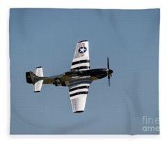 Quick Silver Dsc5339 Fleece Blanket