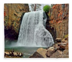 Rainbow Falls 10 Fleece Blanket