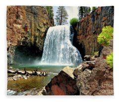 Rainbow Falls 15 Fleece Blanket