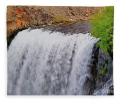 Rainbow Falls 19 Fleece Blanket