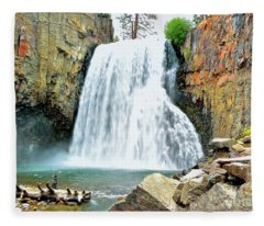 Rainbow Falls 6 Fleece Blanket