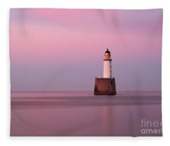 Rattray Head Lighthouse At Sunset - Pink Sunset Fleece Blanket