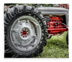 Red And White Ford Model 600 Tractor Fleece Blanket