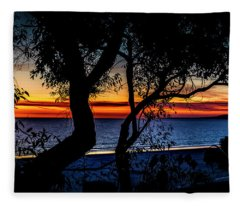 Silhouettes And Red Ribbons Across The Bay Fleece Blanket