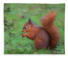 Red Squirrel Profile Fleece Blanket