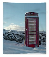 Red Telephone Box In The Snow IIi Fleece Blanket