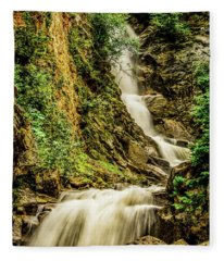 Reid Falls Fleece Blanket