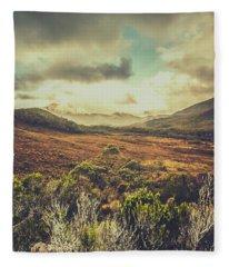 Retro Scenic Wilderness Fleece Blanket