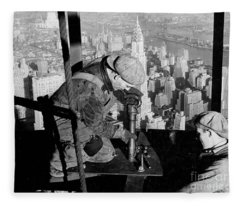 Riveters On The Empire State Building Fleece Blanket