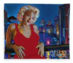 Rot In Venedig / Red In Venice Fleece Blanket