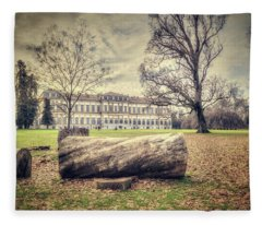 Royal Villa Fleece Blanket