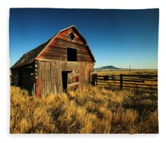 Rural Noir Fleece Blanket