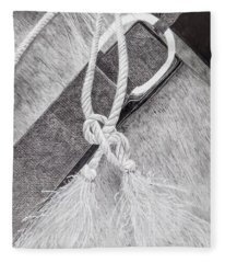 Saddle Strap Fleece Blanket