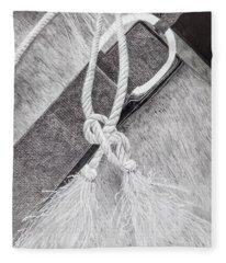 Saddle Strap Fleece Blanket