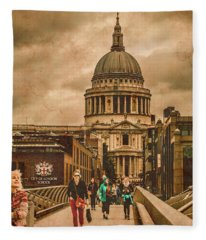 London, England - Saint Paul's In The City Fleece Blanket