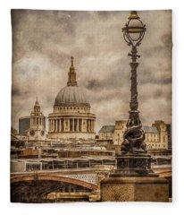 London, England - Saint Paul's Fleece Blanket