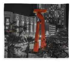San Antonio La Antorcha De La Amistad Sculpture In Selective Color Fleece Blanket