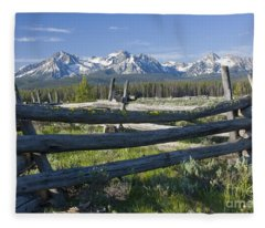Sawtooth Range Fleece Blanket