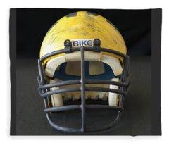 Scarred 1980s Wolverine Helmet Fleece Blanket