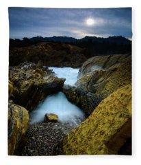 Sea Arch Fleece Blanket