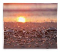 Seashells Suns Reflection Fleece Blanket