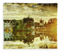 September Sunset In Chenonceau - Vintage Version Fleece Blanket