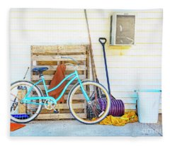 Shed Barn Bicycle Fleece Blanket