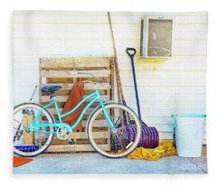 Shed Barn Bicycle Fleece Blanket
