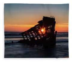 Shipwreck Fleece Blanket