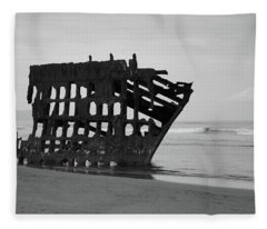 Shipwreck On The Shore Fleece Blanket
