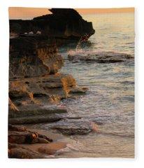 Shoreline In Bimini Fleece Blanket