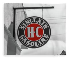 Sinclair Gasoline Round Sign In Selective Color Fleece Blanket