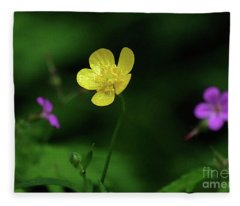 Single Buttercup Two Stinky Bob Fleece Blanket