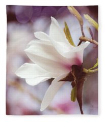 Single White Magnolia Fleece Blanket