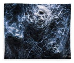 Skulls Tangled In Fear Fleece Blanket