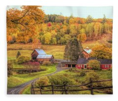 Sleepy Hollow - Pomfret Vermont In Autumn Fleece Blanket