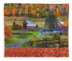 Sleepy Hollows Farm Woodstock Vermont Vt Autumn Bright Colors Fleece Blanket