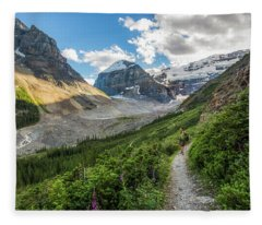 Sliver Of Light - Banff Fleece Blanket