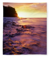 Slow Ocean Sunset Fleece Blanket